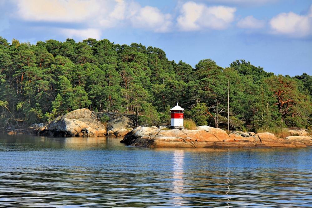 Schäreninsel mit Seezeichen