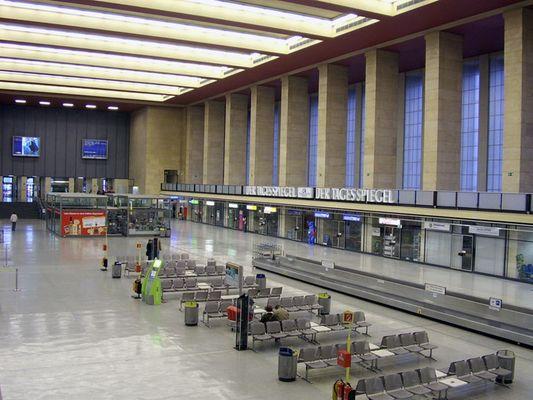 Schalterhalle Tempelhof