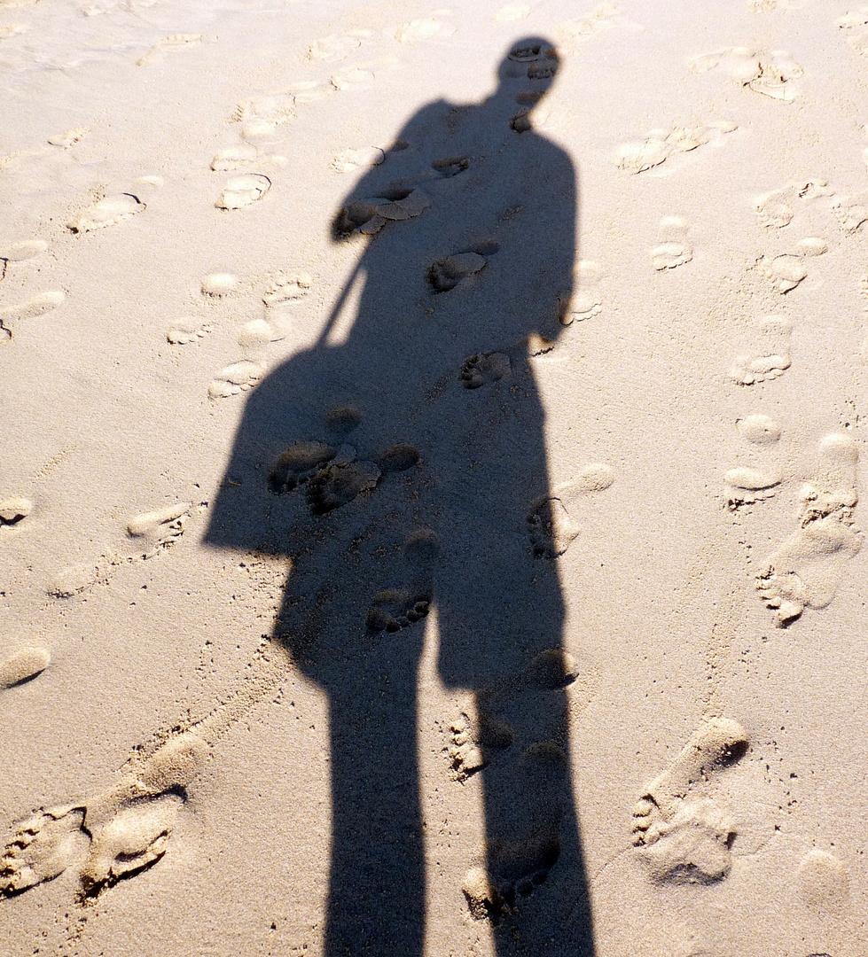 Schatten am Strand 2