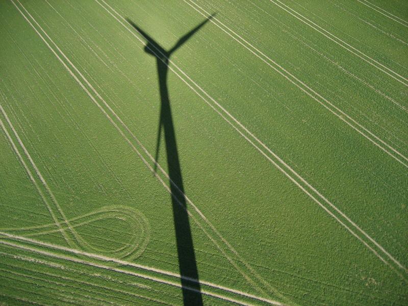Schatten einer Windkraftanlage