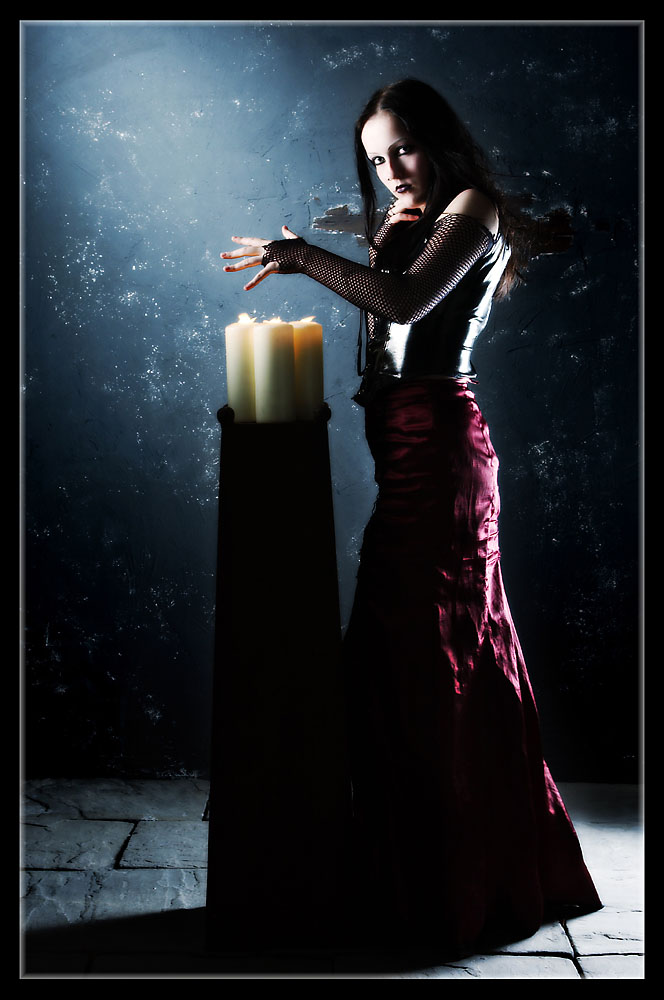 Schattenwelt - Candles In The Wind...
