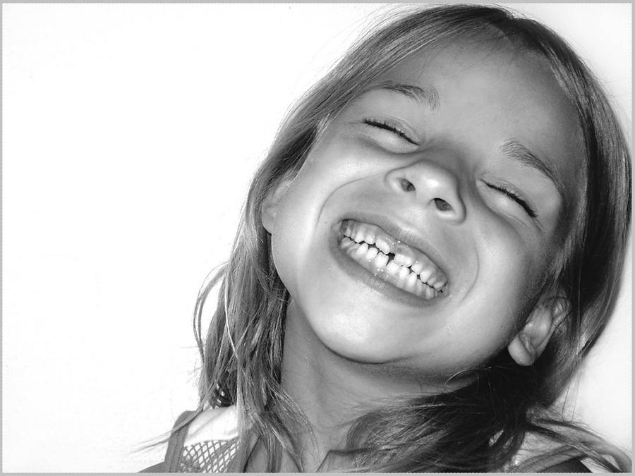 schau mal meine zähne an, jetzt bin ich schon groß, stimmts??