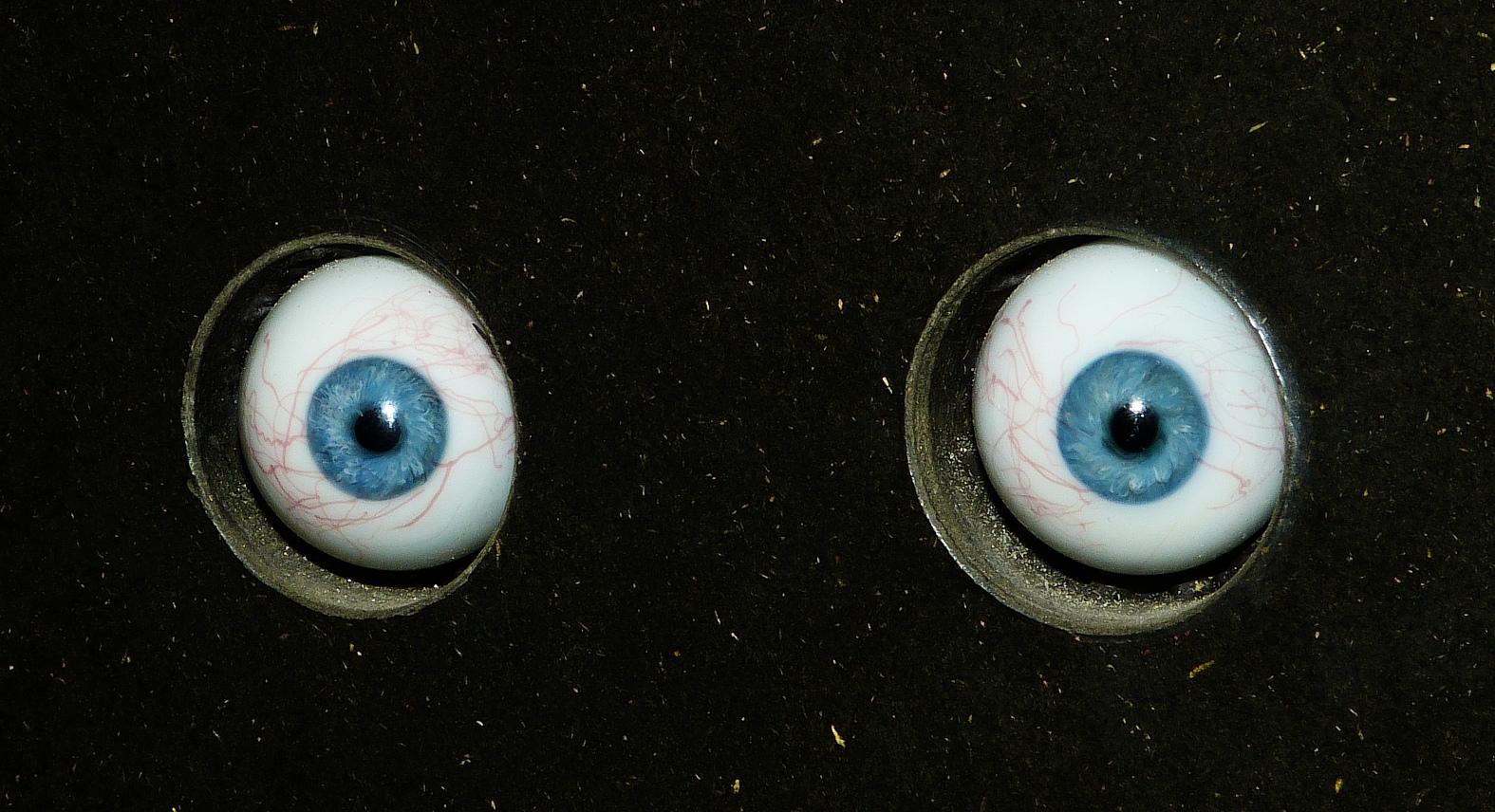 Schau mir in die Augen, Kleines!