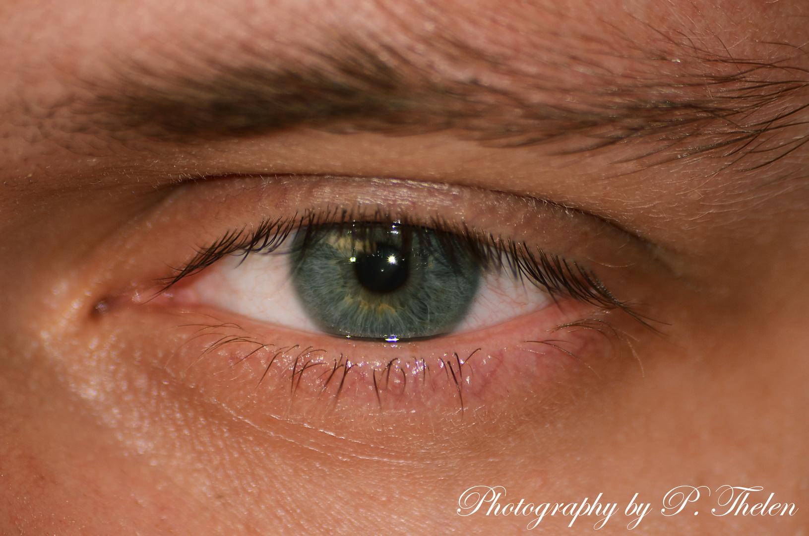 Schau mir in meine leicht angeschlagenen Augen süße