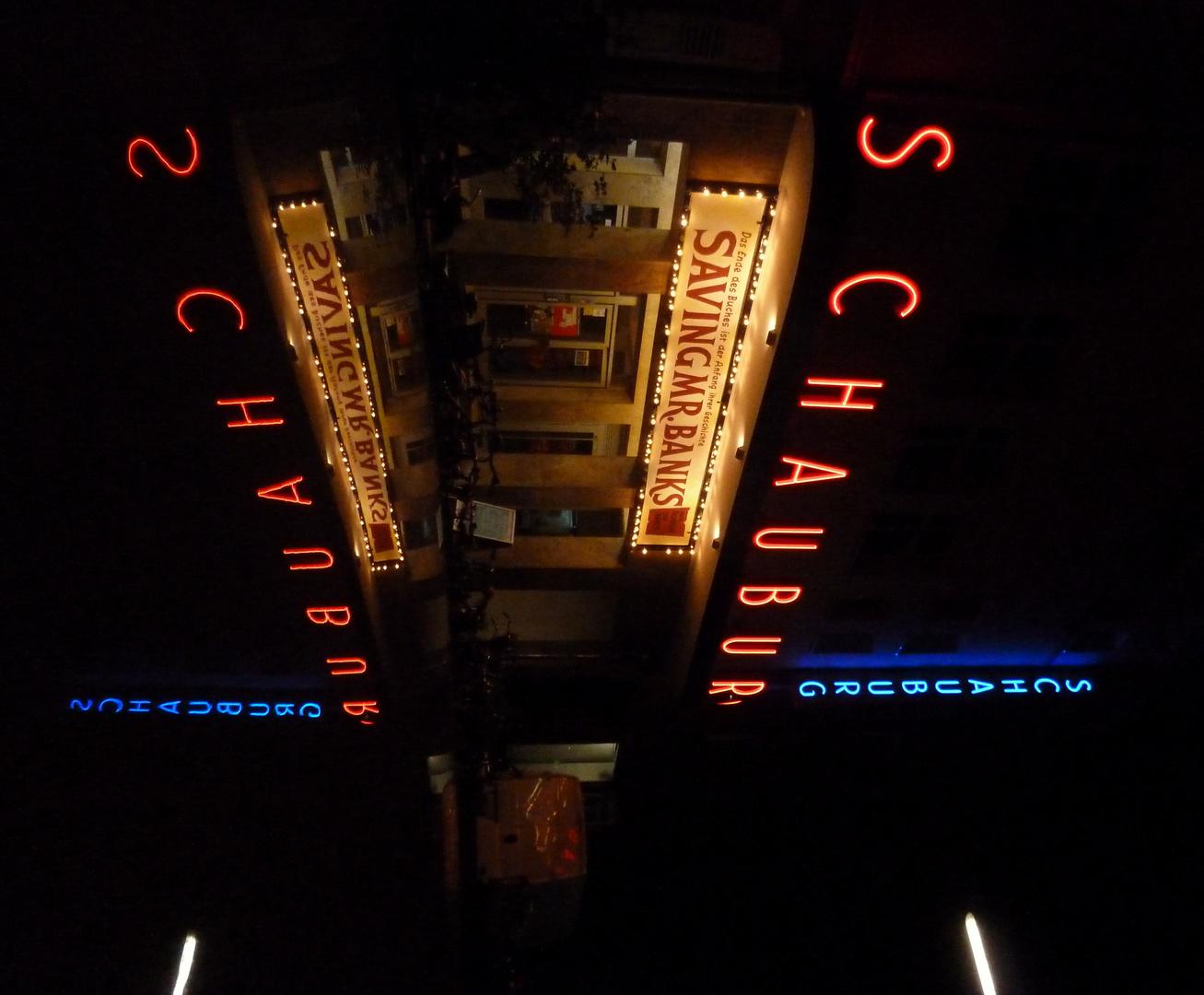 schauburg karlsruhe bei nacht