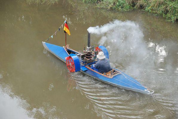 Schaufelradfaltboot