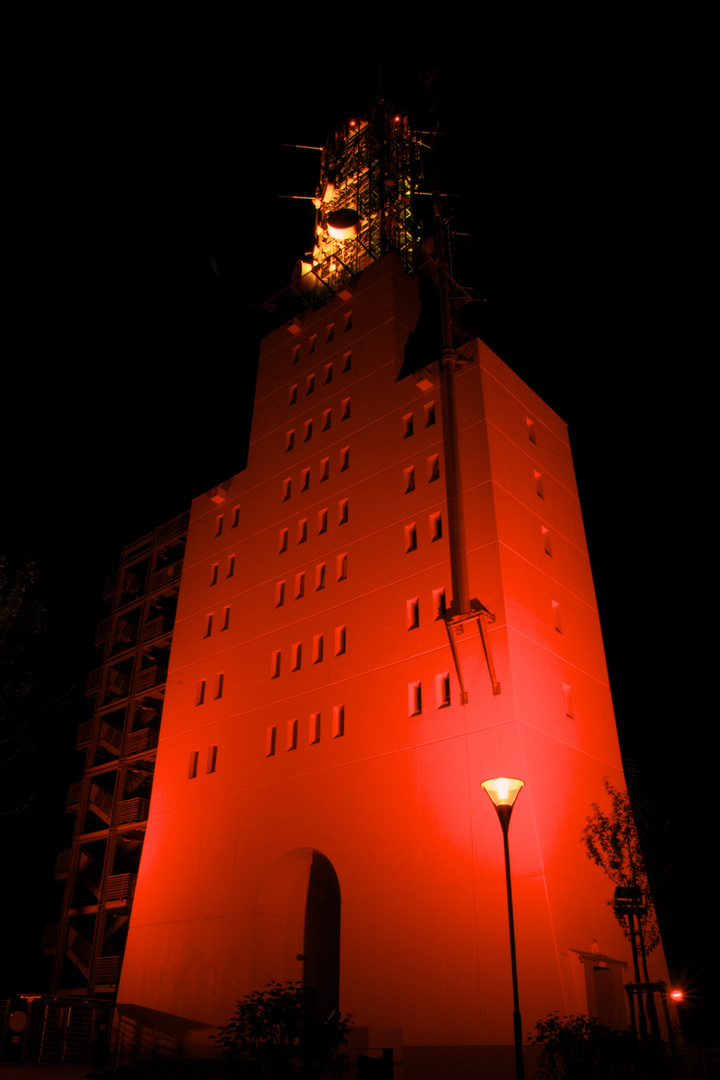 Schaumberturm bei Nacht, the red one