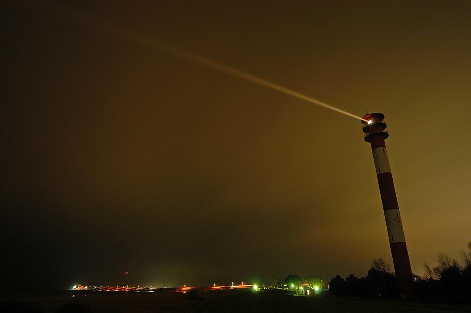 schiefer leuchtturm von wilhelmshaven