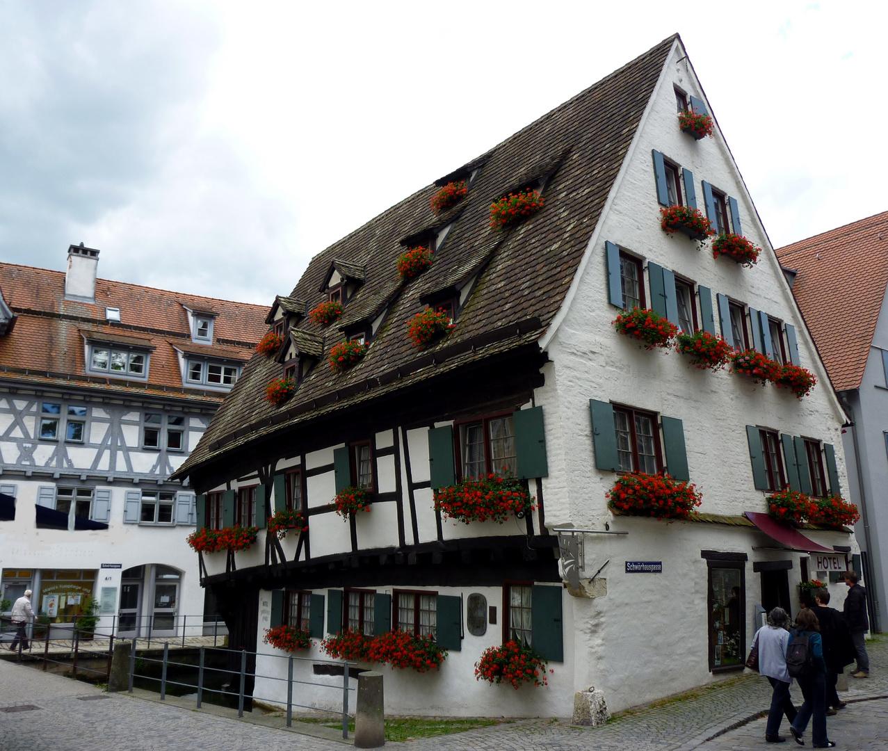 Schiefes Haus In Ulm Foto & Bild