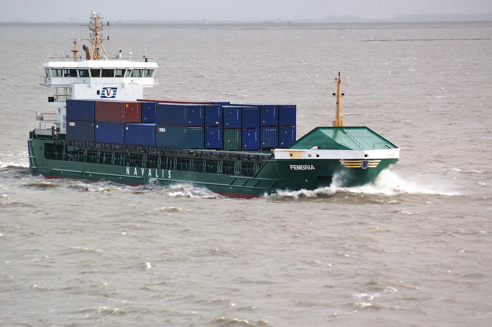 Schietwetter auf der Elbe