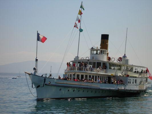 Schiff auf dem Lac Léman