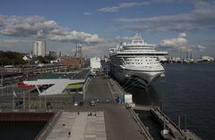 Schiff plus Terminal