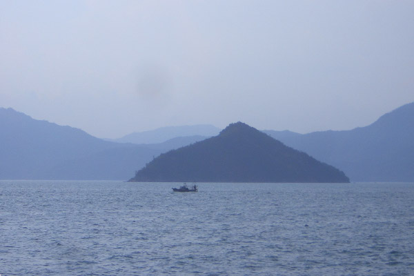 Schiff vor Tomonoura