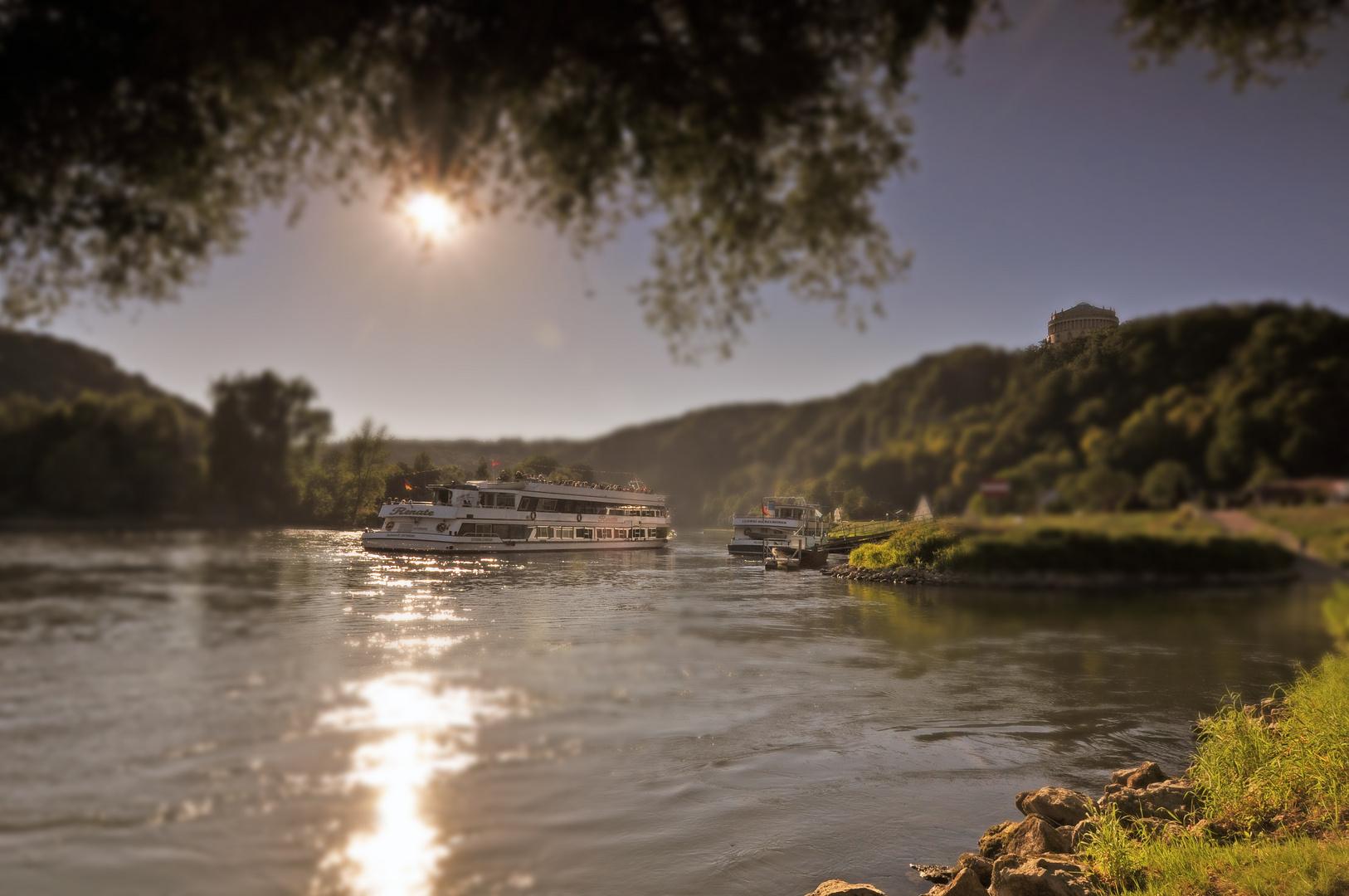 Schifffahrt Donau-Kanal bei Kelheim