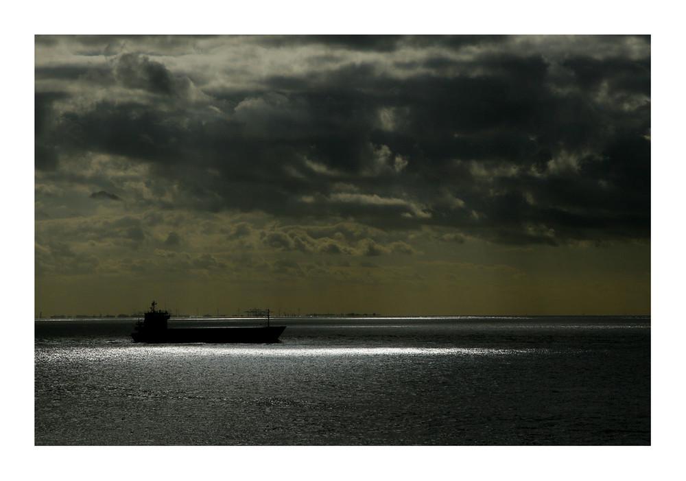 Schiffs-Silhouette