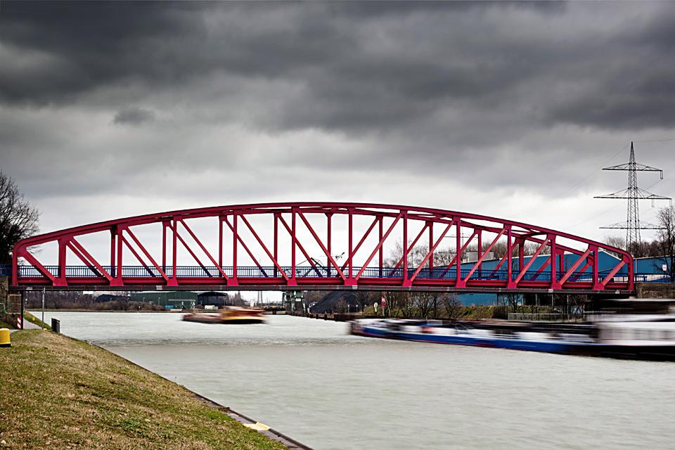 Schiffsrennen auf dem Rhein-Herne-Kanal ;-))