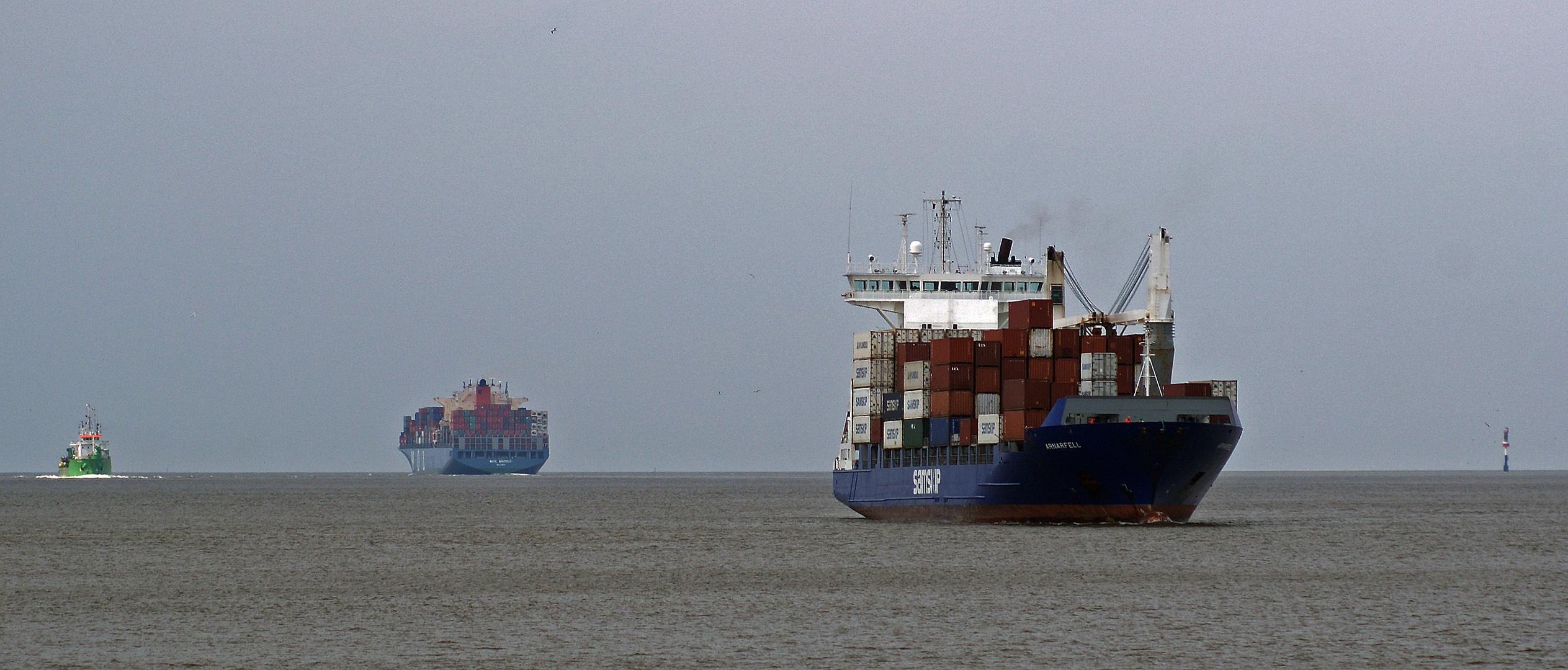 Schiffsverkehr bei Cuxhaven