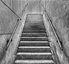 Schildbürgerstreich, Treppe endet an der Wand