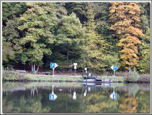 Schilderwald an der Saarschleife