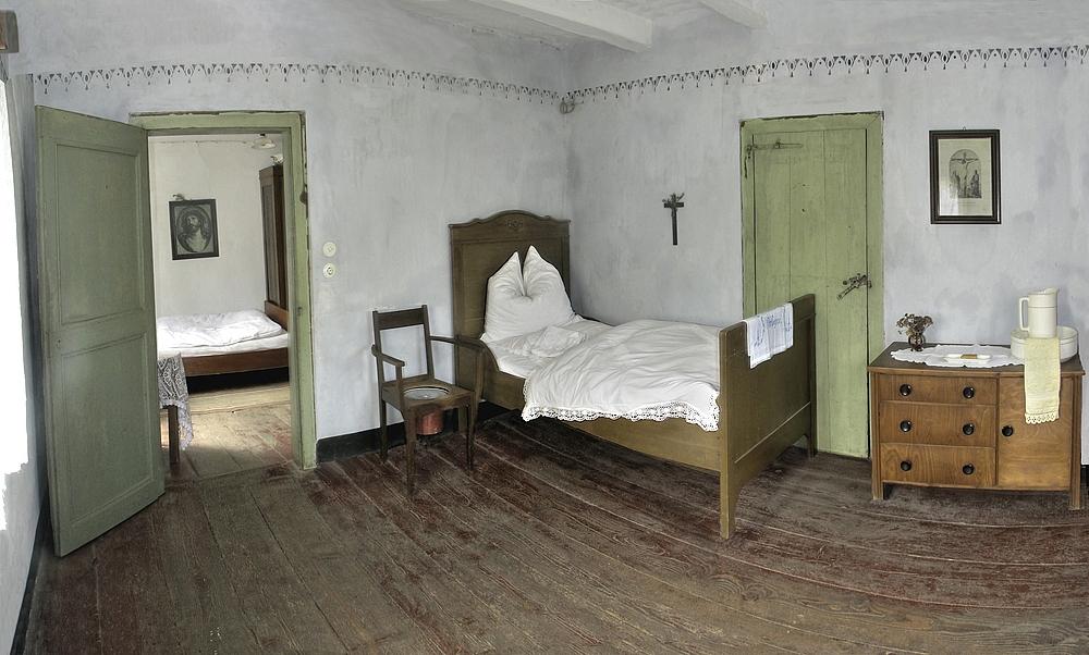 schlafgem cher anno 1950 foto bild bearbeitungs techniken pseudo hdr lindlar bilder auf. Black Bedroom Furniture Sets. Home Design Ideas