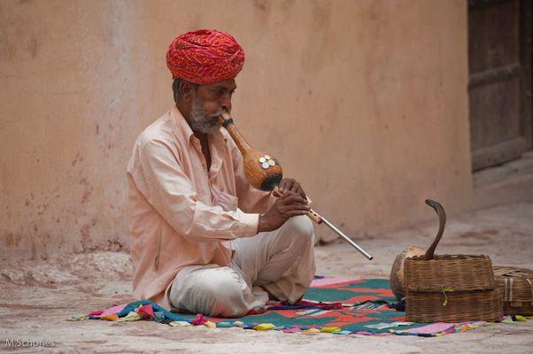 Schlangenbeschwörer in Jaipur / Indien