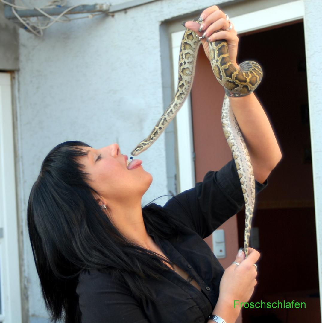Schlangenfrau,Schlange,Piercing,