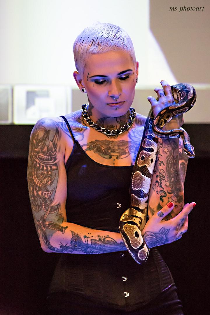 Schlangenlady
