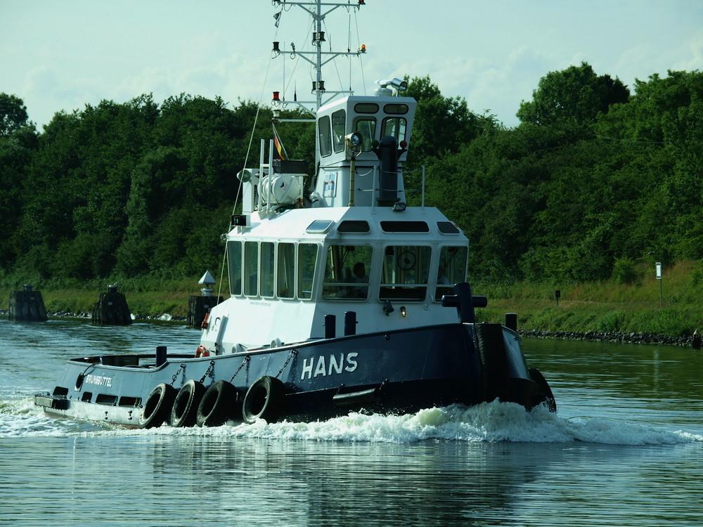 Schlepper HANS auf dem Nord-Ostsee-Kanal