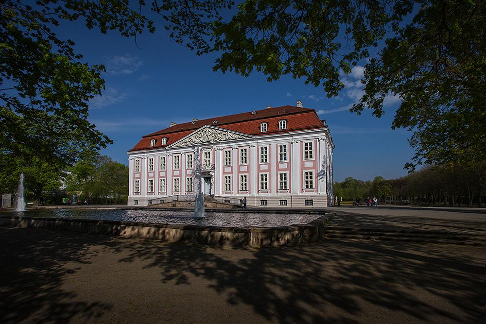 Schloß Alt Friedrichsfelde II