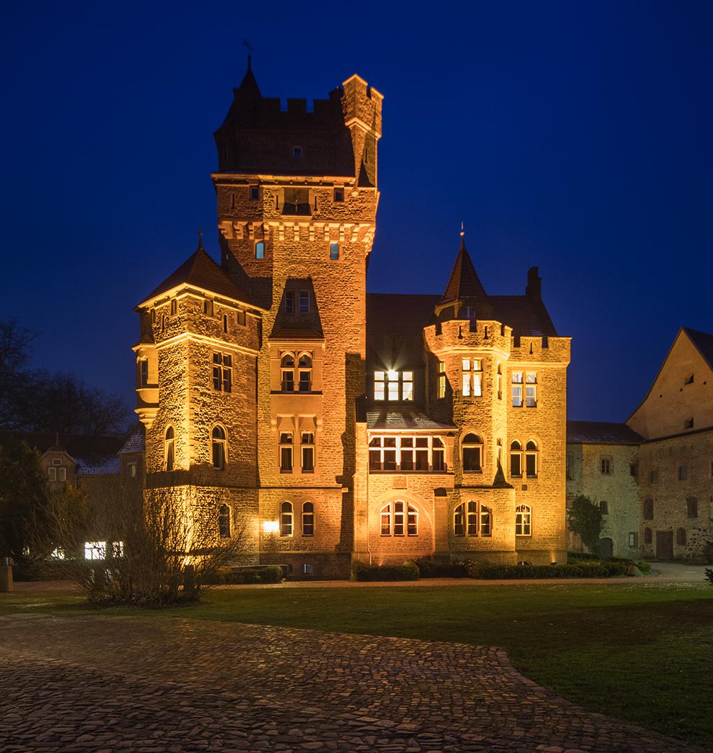 Schloß Altenhausen (1)...