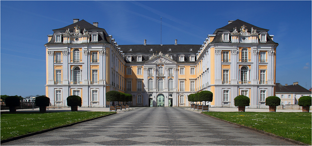 schloss augustusburg br hl 1 foto bild architektur schl sser burgen profanbauten. Black Bedroom Furniture Sets. Home Design Ideas