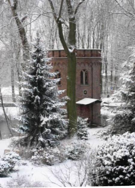 Schloss Bladenhorst (Wehrturm)
