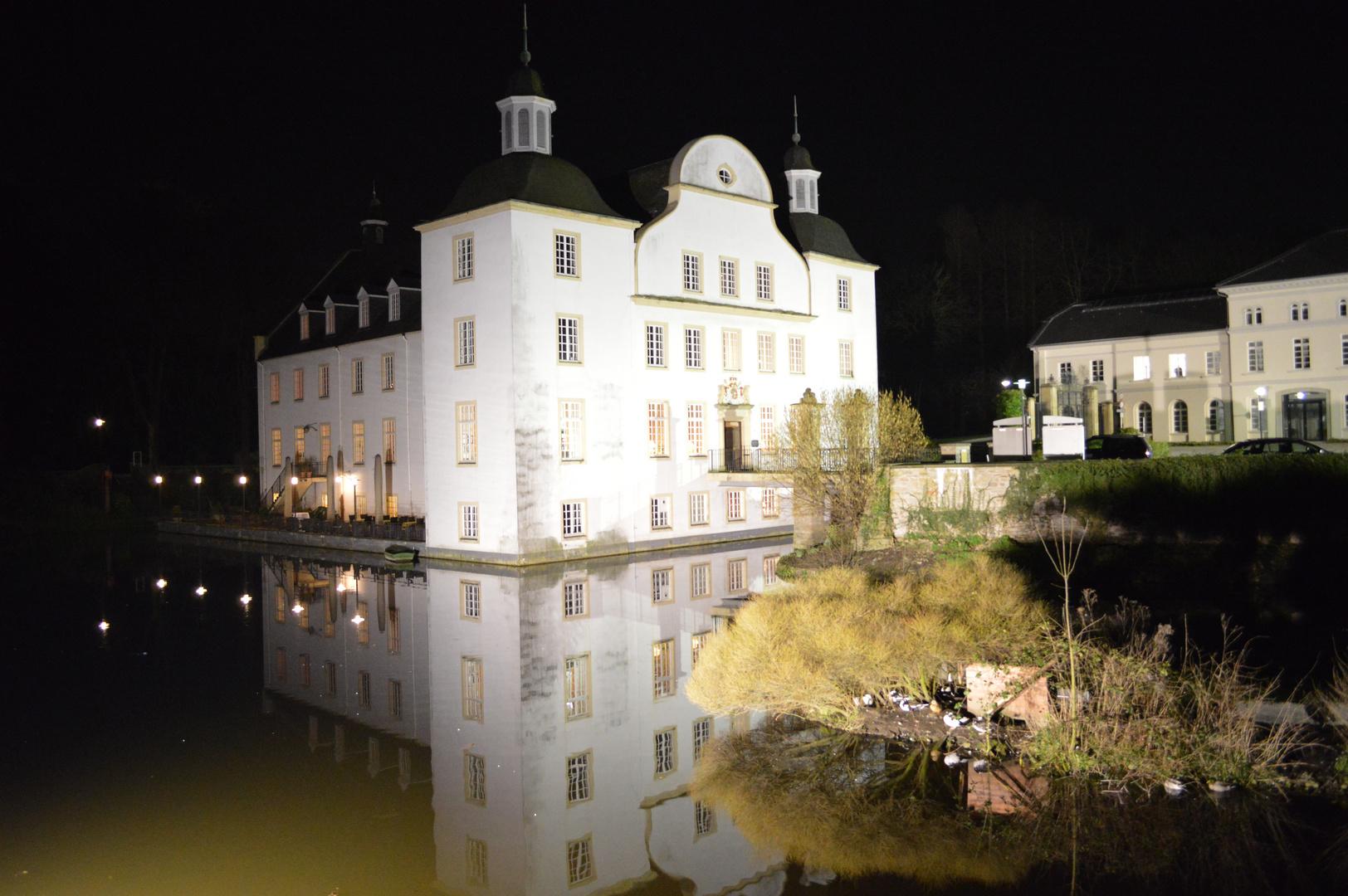 Schloss Borbeck bei Nacht