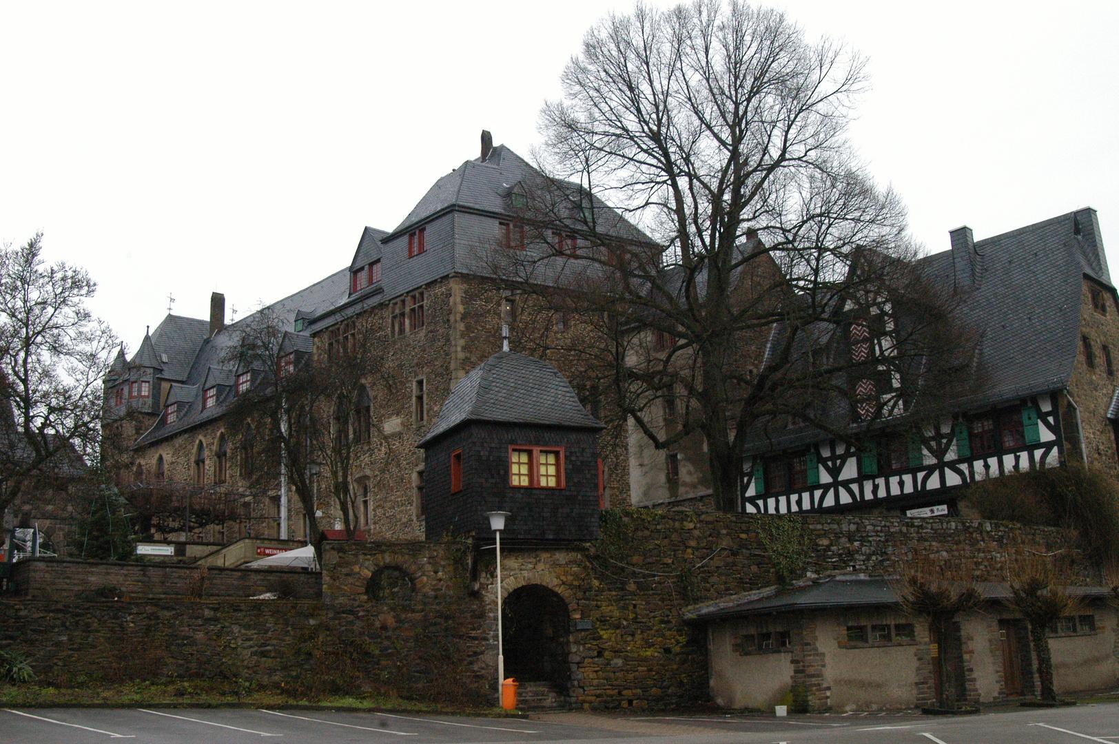 Schloß-Burg