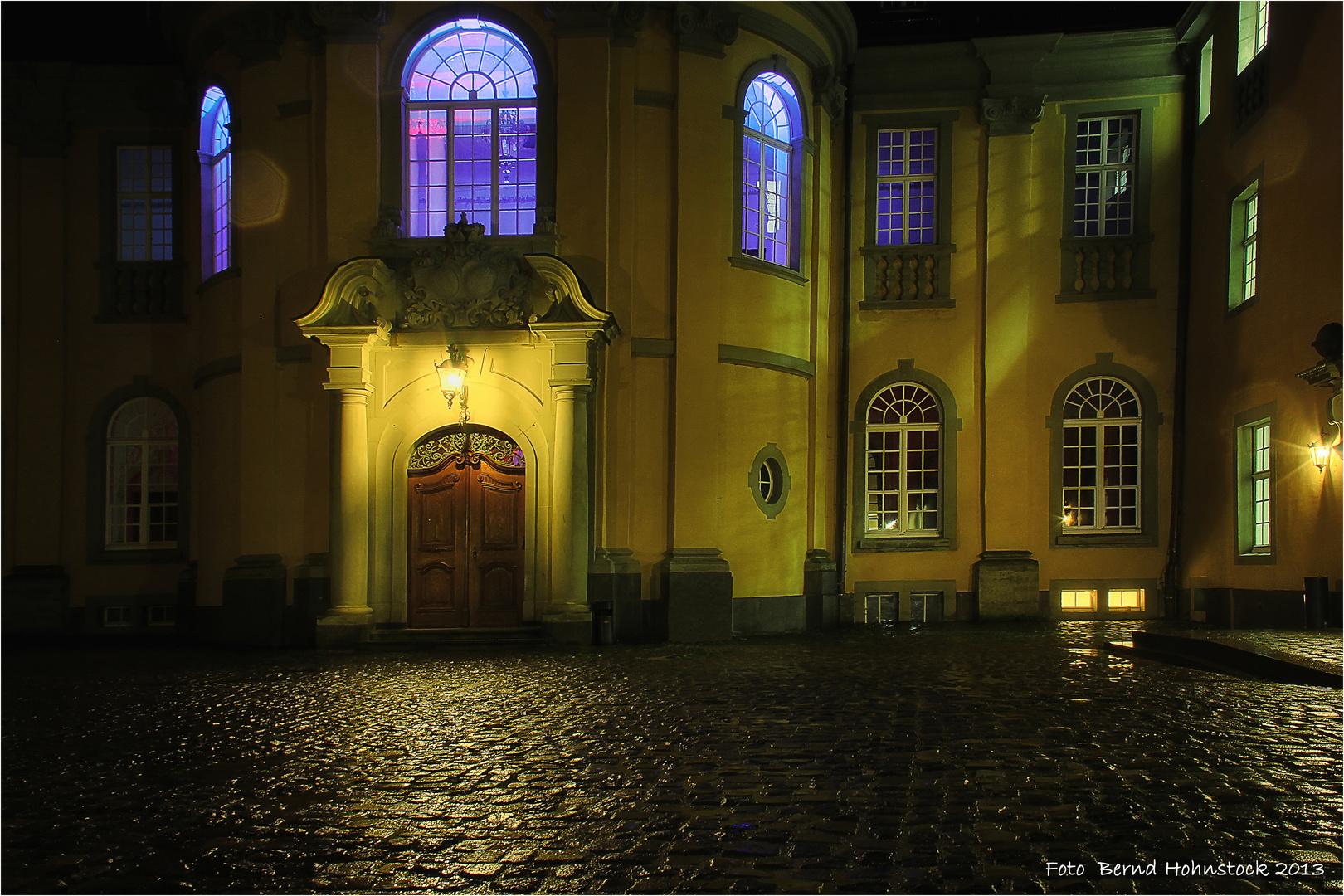 Schloß Dyck Innenhof ...Illumina 10.0