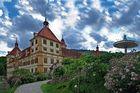 Schloß Eggenberg mit Rosenhügel