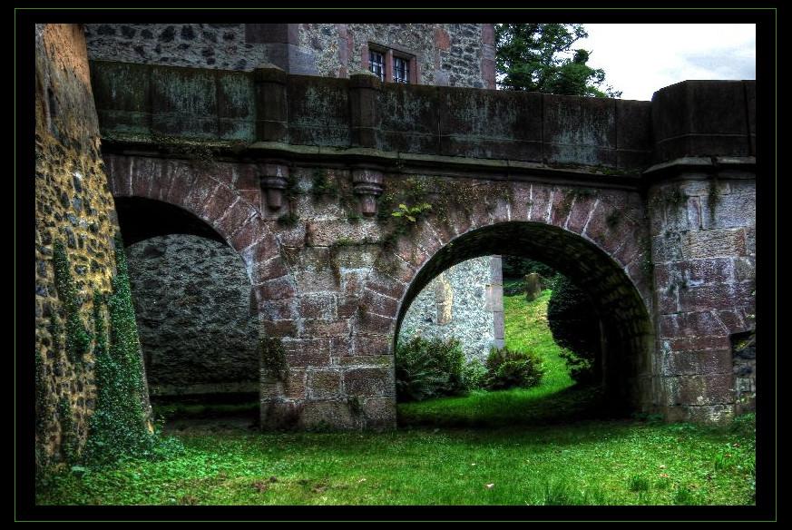 Schloss Eisenbach am Burggraben...