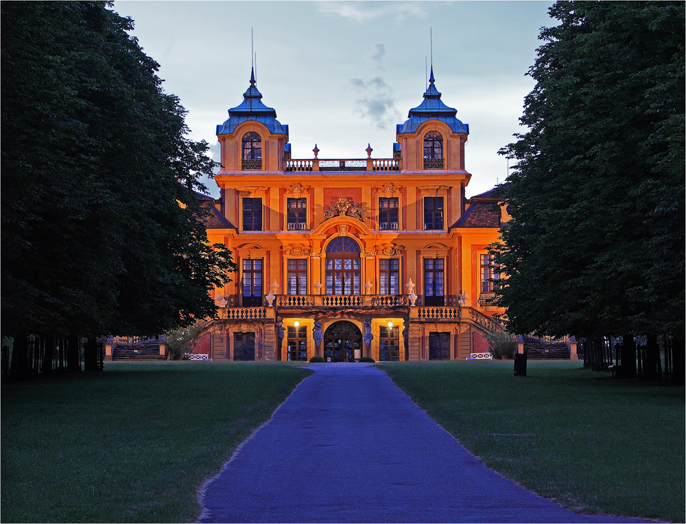 Schloss Favorite (verbesserte Version)