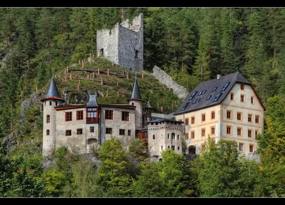 Schloss Fernstein
