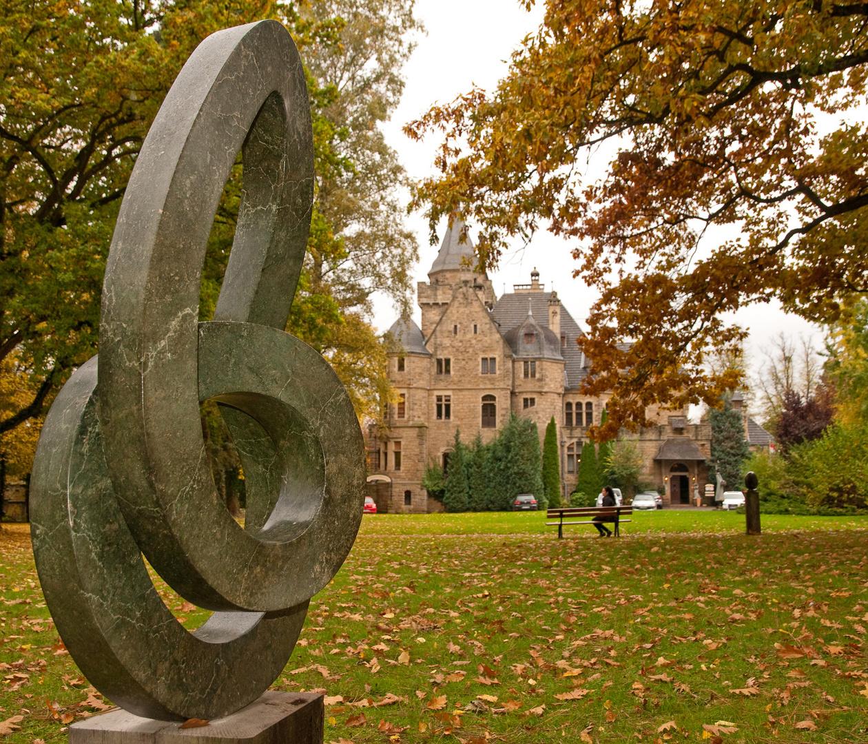 Schloss Garvensburg, Kunst-Ausstellung SHONA-ART