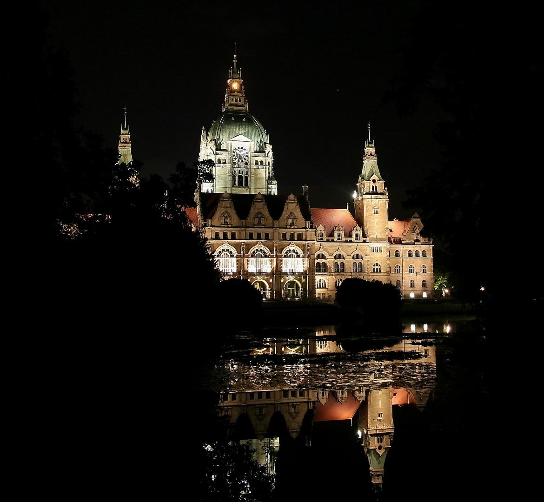 Schloss Hannover bei Nacht
