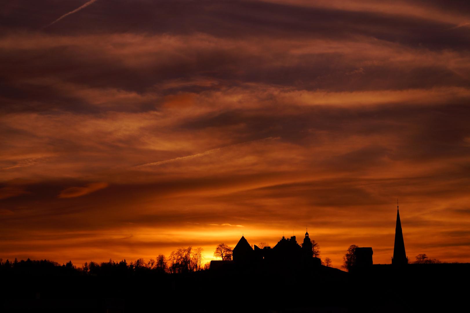 Schloss Hellenstein im Sonnenuntergang