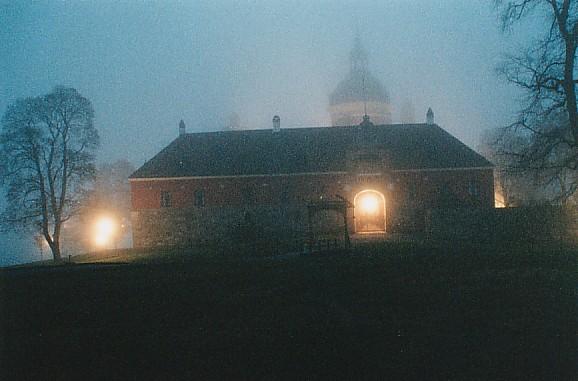 Schloß im Nebel