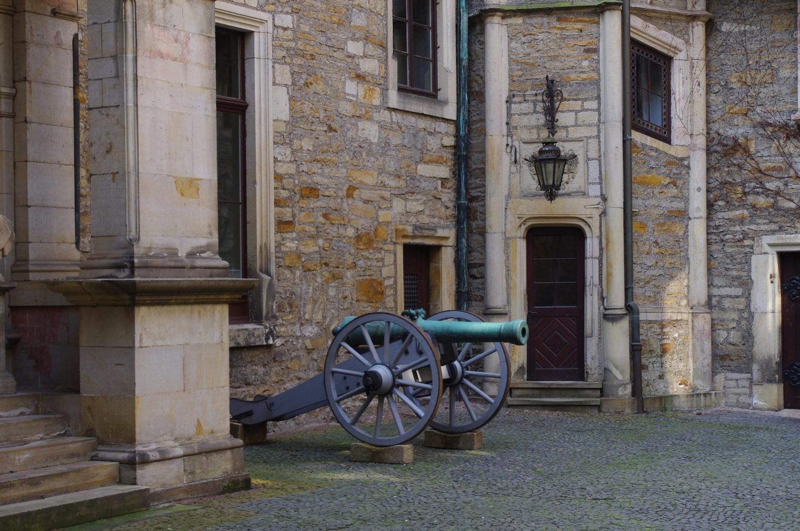 Schloss-Kanone