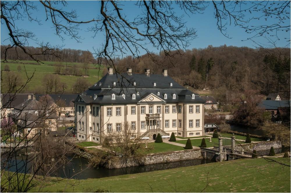 Schloss Körtlinghausen ...