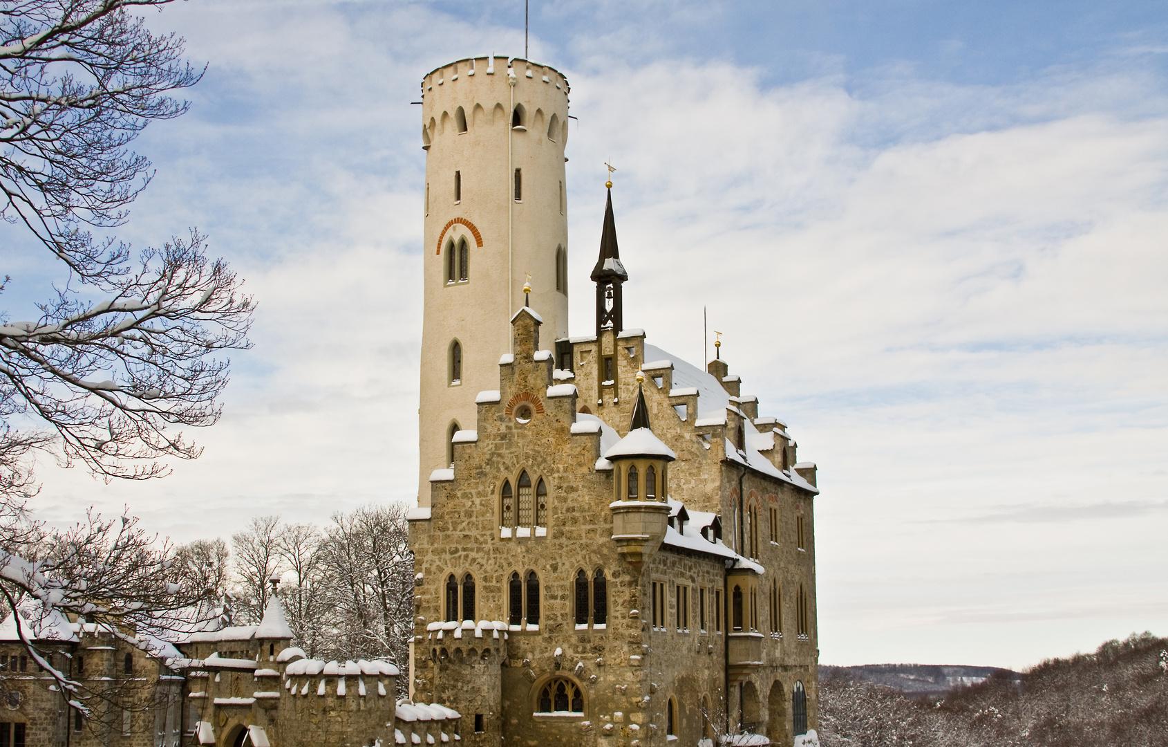 Schloß Lichtenstein im ersten Schnee