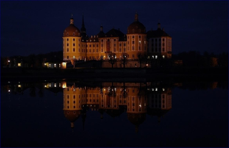 Schloss Moritzburg by night...