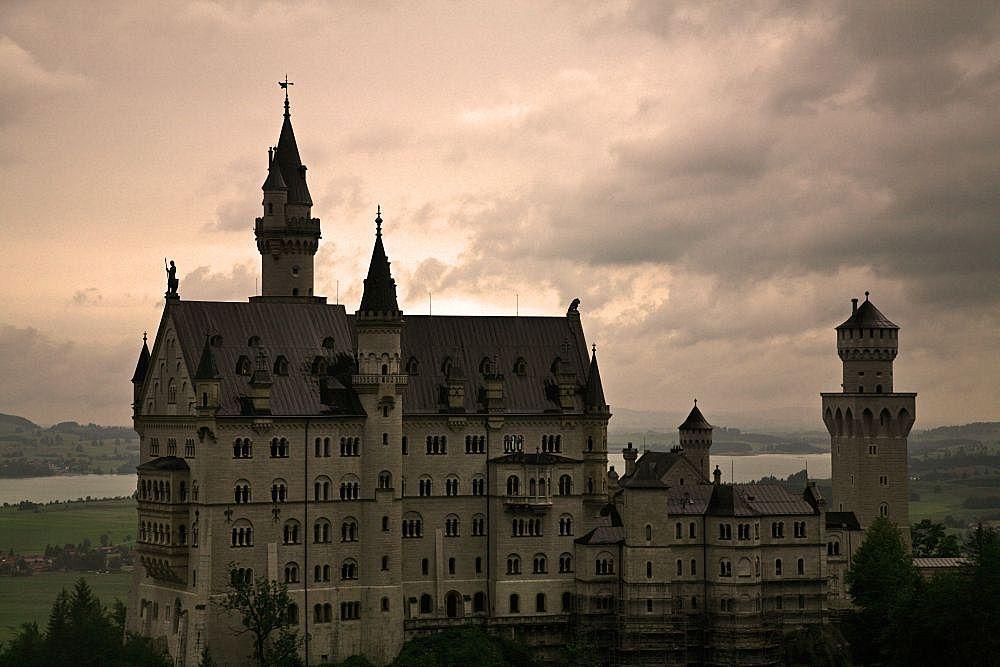 Schloss Neuschwanstein in mystischem Licht I