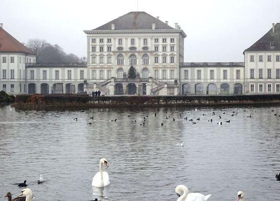 Schloß Nymphenburg bei Regen