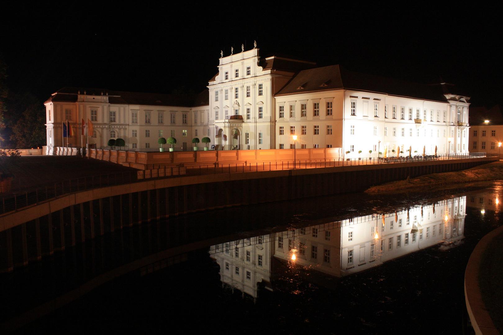 Schloss Oranienburg bei Nacht
